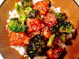 Honey Sesame Chicken and Broccoli w/ Jasmine Rice
