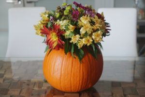 Pinterest Perfect (but totally simple) Fall Centerpieces!